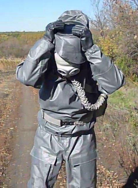 Костюм ракетчика для защиты от компонентов ракетного топлива и производных гидразина, фотография 4